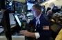 Akciím v USA se dařilo. Dow Jonesův index poprvé překonal hranici 35 tisíc bodů